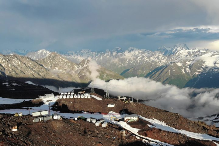 Вид на базу Бочки-Гарабаши