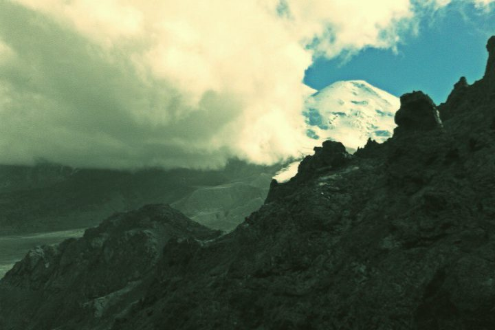 Вид на Эльбрус от шахт