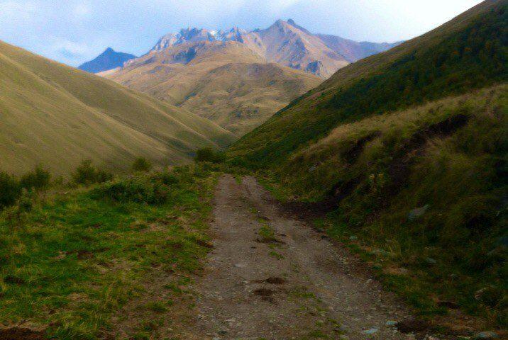 Дорога на перевал на г.Шаукам