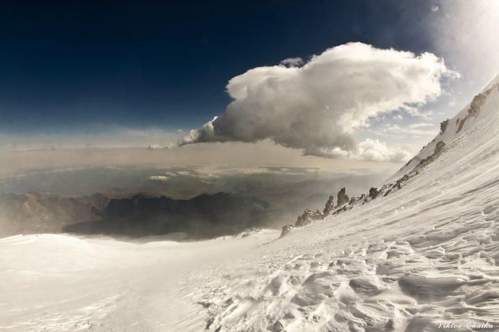 скалы Ленца 4800 м